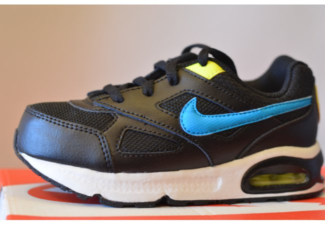 Nike Air Max Ivo black